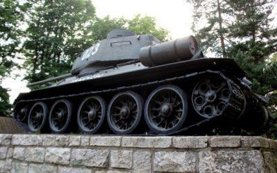 Tank T-34/85 Jánošík