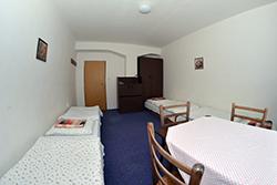 Turistická ubytovňa SOŠ, Garbiarska 1
