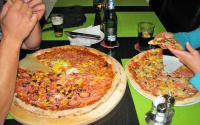 Reštaurácia a pizzeria Pod lesom